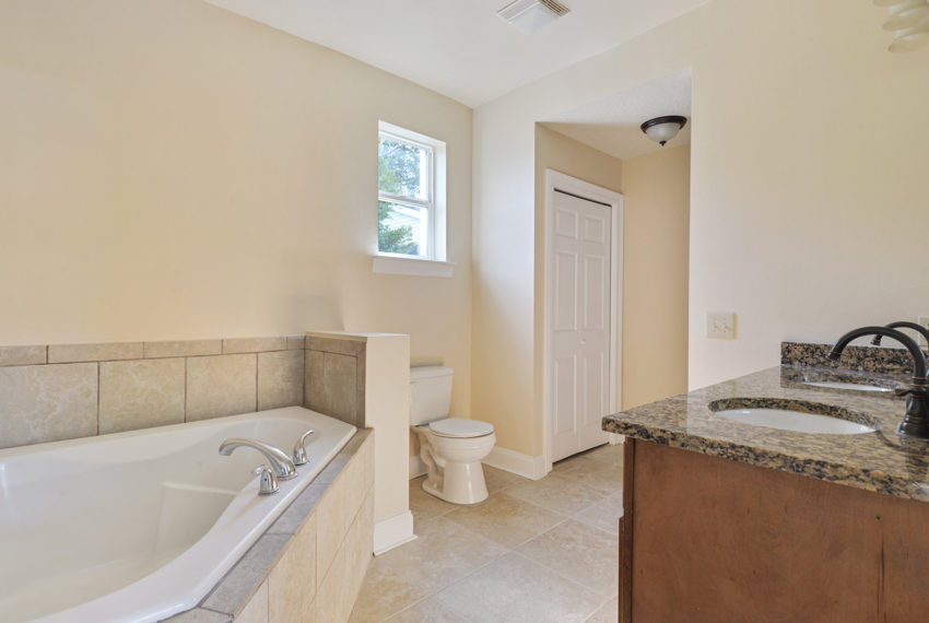 for-sale-master-bath