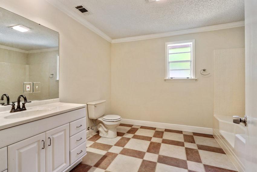 bathroom-2-for-sale